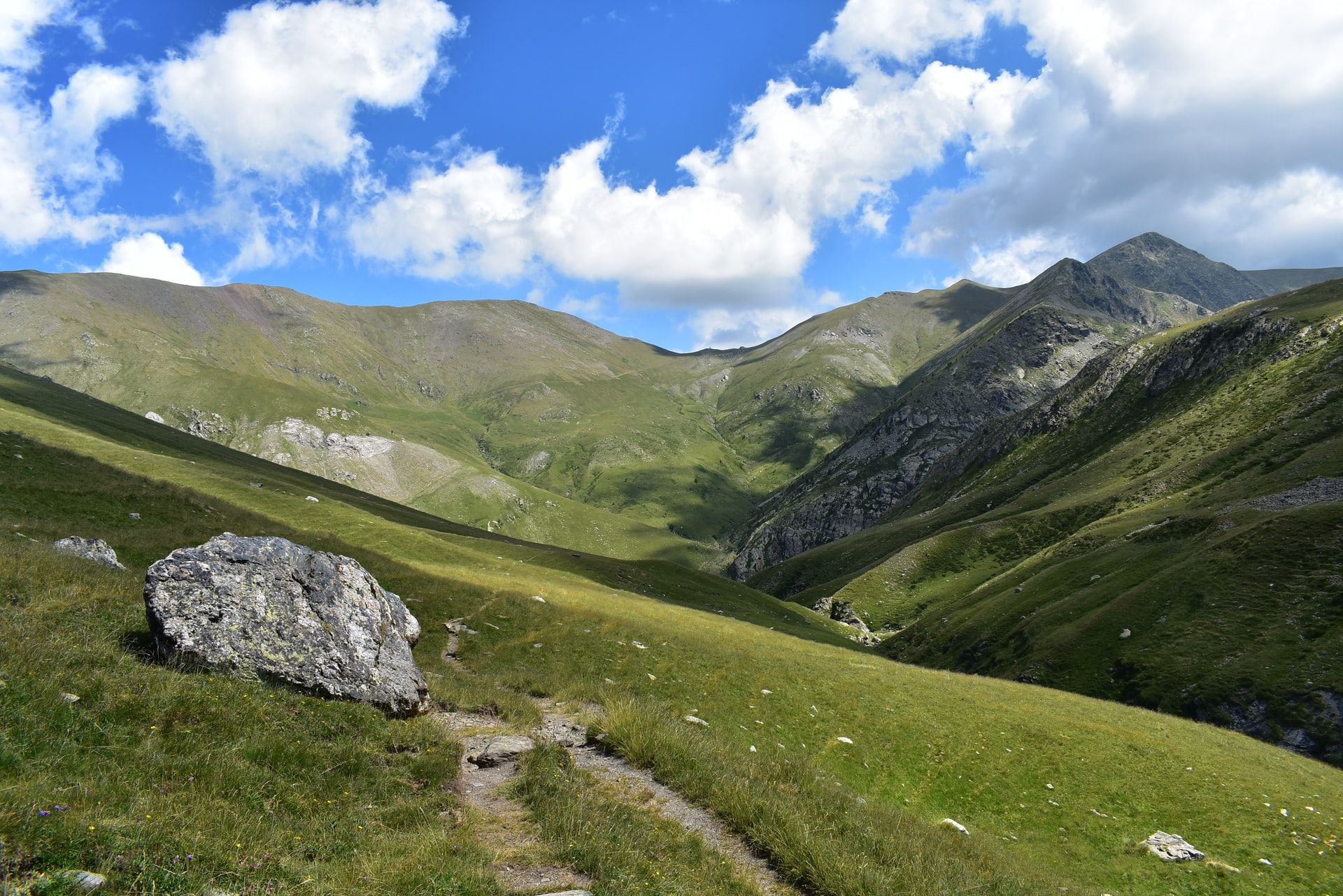 Summer hiking in the Pyrenees (part 2)